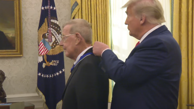 Photo of Watch: President Trump Presents the Medal of Freedom to Lou Holtz – 12/3/20